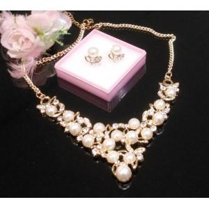 Komplety s perličkami a krystaly