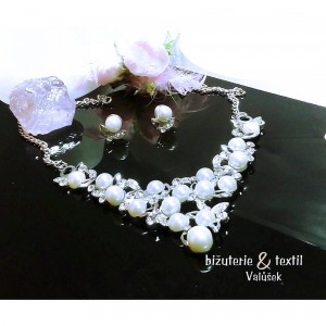 Komplety s perličkami