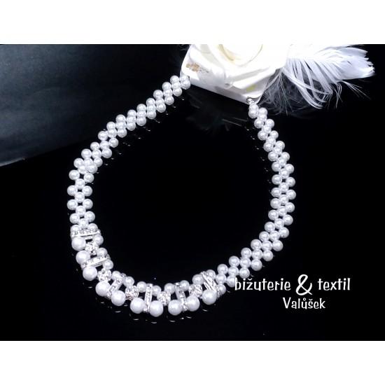 Dvouřadý náhrdelník se zirkony a perličkami NJ051